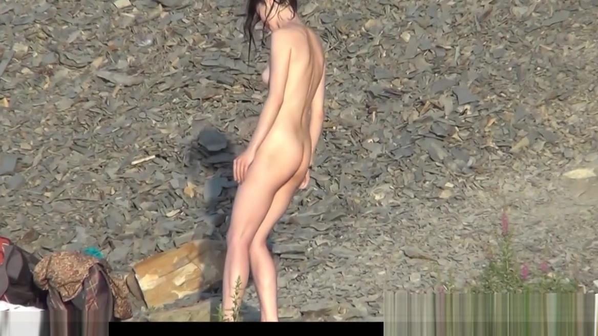 Voyeur Nudist Beach Amateur Ladies Spycam 10