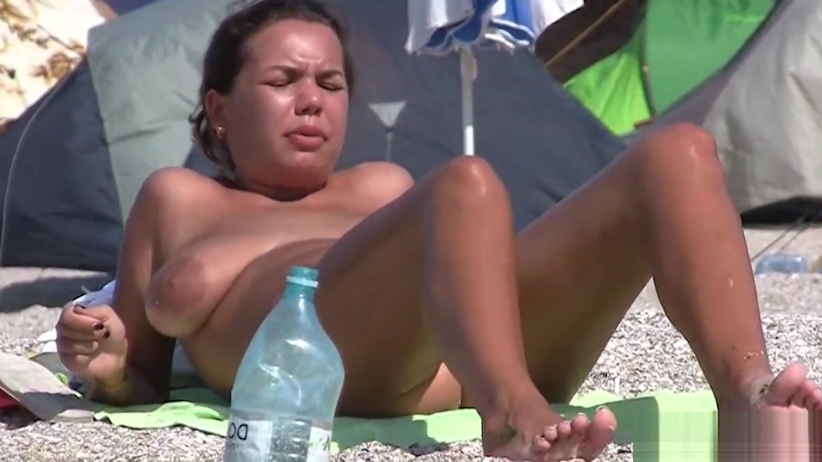 Horny Hot Pussy Milfs Tanning Nude beach Voyeur Spycam Video