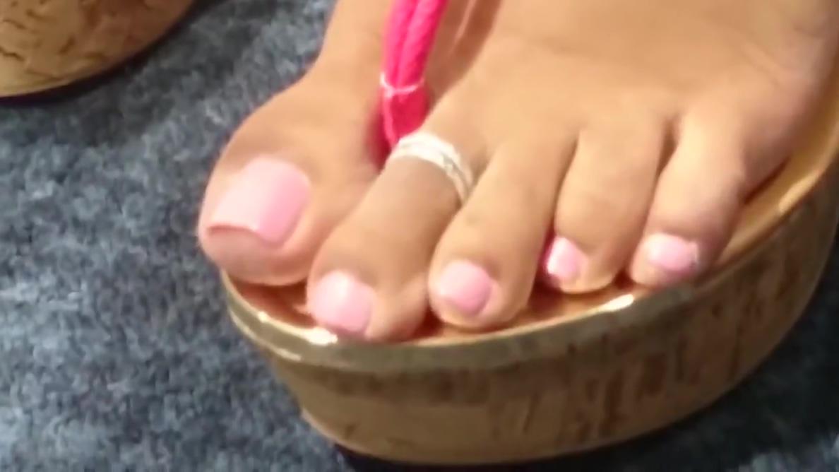 Bubblegum toes