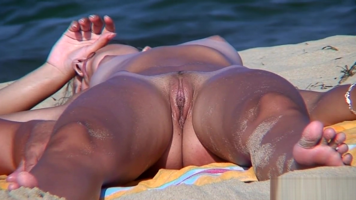 Young Nudist Female Naked At The Beach Voyeur HD Video Spy