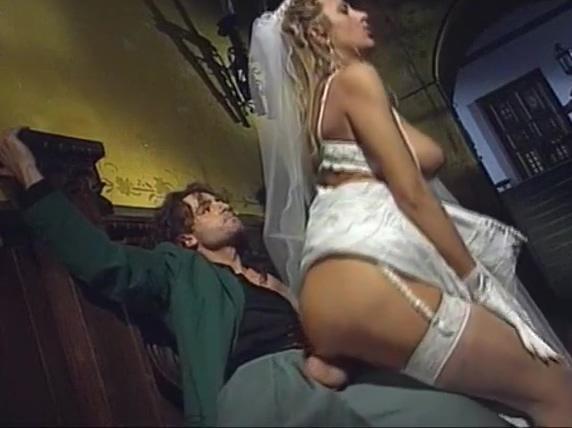 Novia infiel follando con su amante despues de casarse