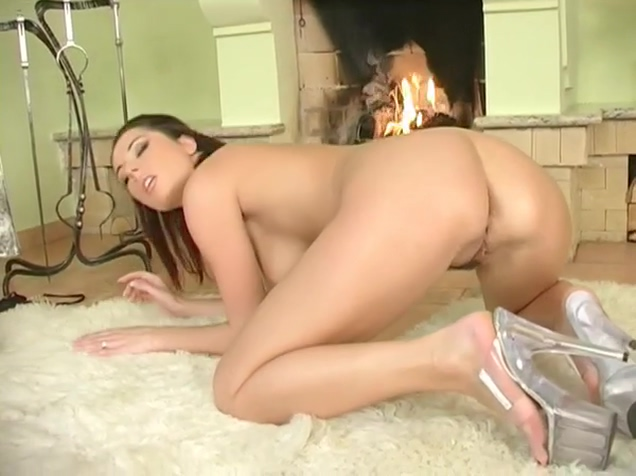 Busty Young Daria Glower Fingers Her Moist Cunt