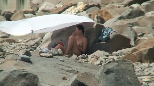 SPY CAM VOYEUR NUDIST COUPLES ON BEACH
