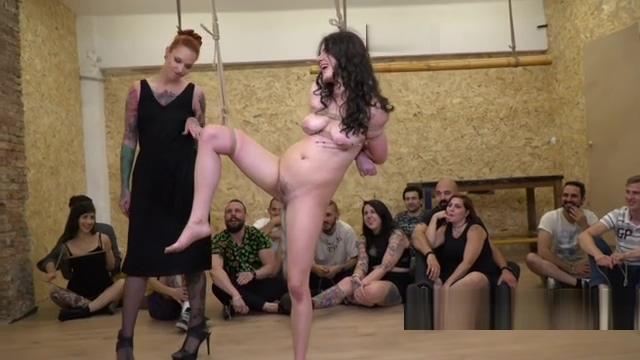 Double penetration for petite slave