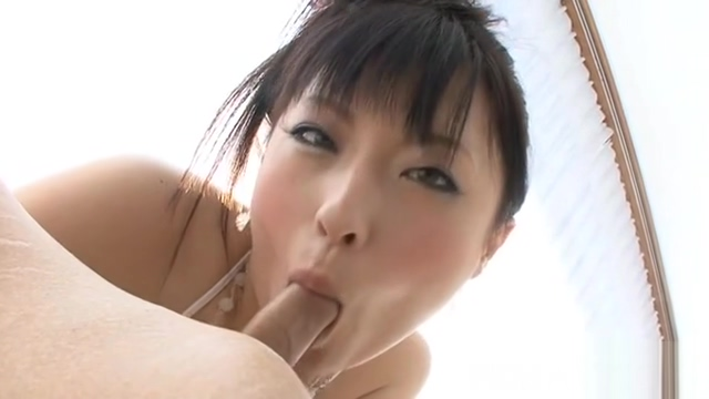 Jamming Asian babe in upskirt