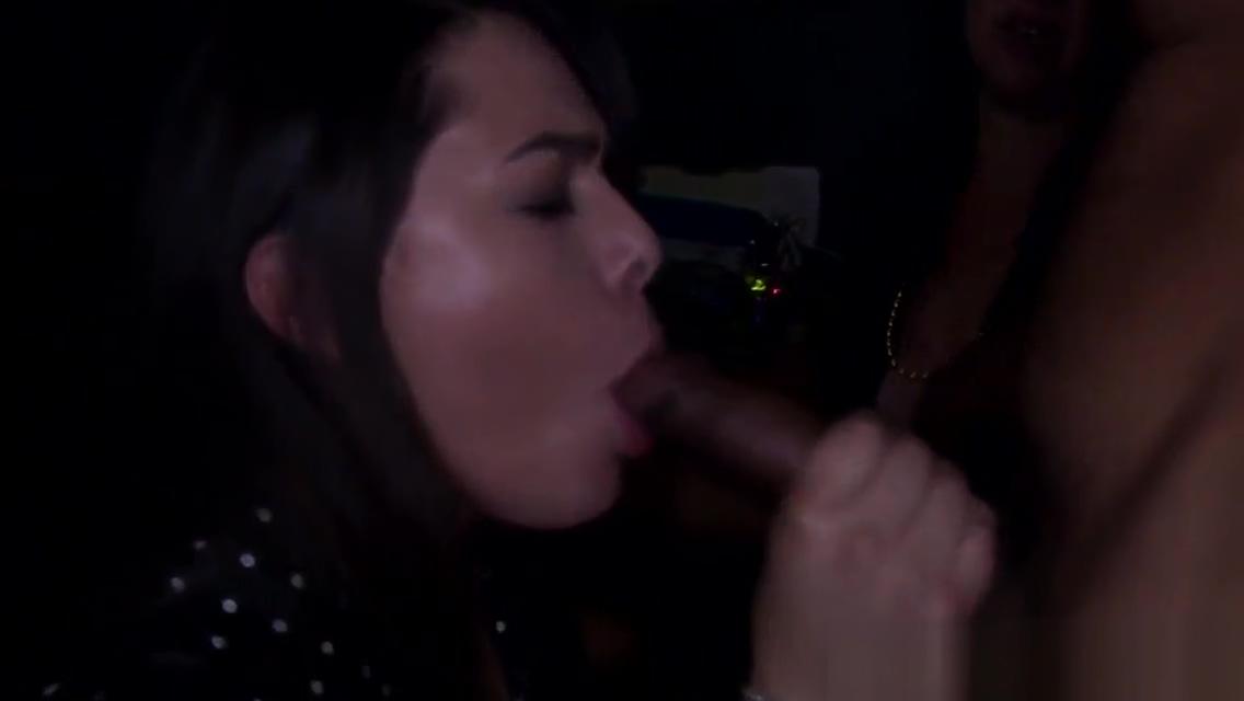 Party babe tastes strippers warm jizz