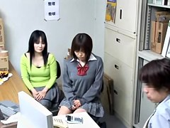 Free spy cam movie with japanese bun plugged by the director