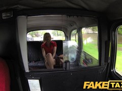 FakeTaxi: Sexy blond mother i'd like to fuck receives greater quantity than this babe bargained for