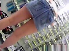 Upskirt video on sexy hot blonde