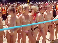 Nude girls preparing for race to start
