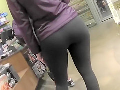 Privilege of standing behind her ass