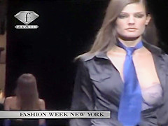 Accidental nudity on the catwalk