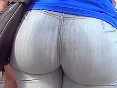 Impressive big ass stands out in a crowd