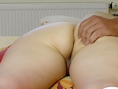 Chubby hussy has her juicy coochie and asshole spread