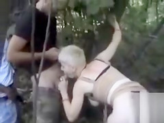 German hooker gets laid in the park