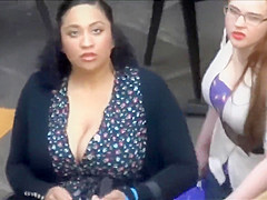 Humongous cleavage of the mature lady