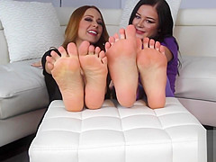 A SNEAK PEAK At EMMY'S SEXY FEET From Becky's Boutique In NY