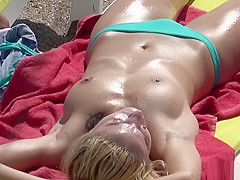 Big Tits Topless Horny Girls Bikini Cameltoe Beach Voyeur HD