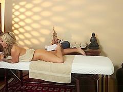 Massage loving babe banged on spycam