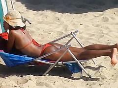 RED BIKINI IN BOA VIAGEM BEACH, RECIFE CITY.