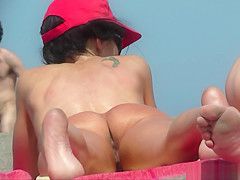 Hot Pussy Milfs Tanning Naked at Nudist Beach - Voyeur HD
