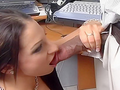 Horny Dick Licks The Pink Pussy Of Leah Lexington