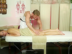 Bootylicious massage newbie gets groped
