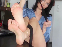 Toes in hose