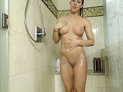 College Teen Naked After Shower Showing Off On Cam