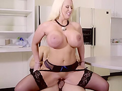 Alura fucks office mate after a blowjob