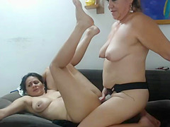 Capture lesbians squirt exchange piss