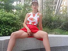 Upskirt on Wall Street