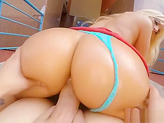 Blondie can sucked real mean thick dick
