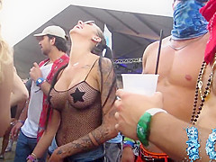 Amazing round boobs at a rave