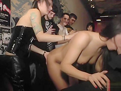 Dom makes brunette on anal in public