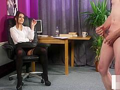 British voyeur gives tugging instructions