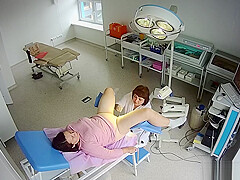 Hidden camera in the gynecological office (4)