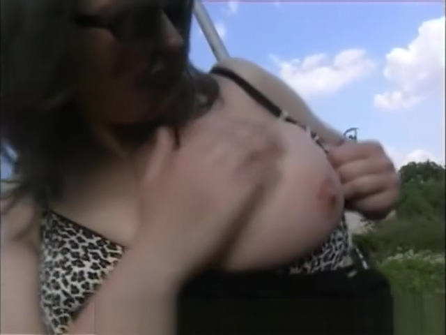busty girl peeing outdoor