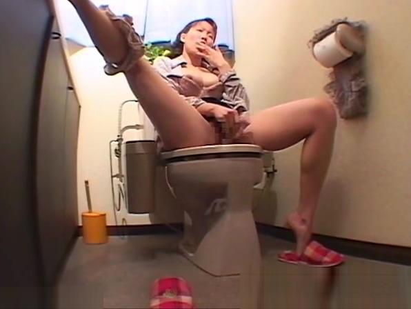 Voyeur Onanism In Toilet Room Area
