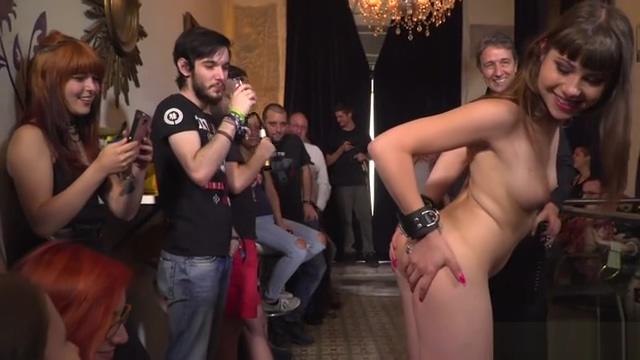 Master anal fucks petite slave in public
